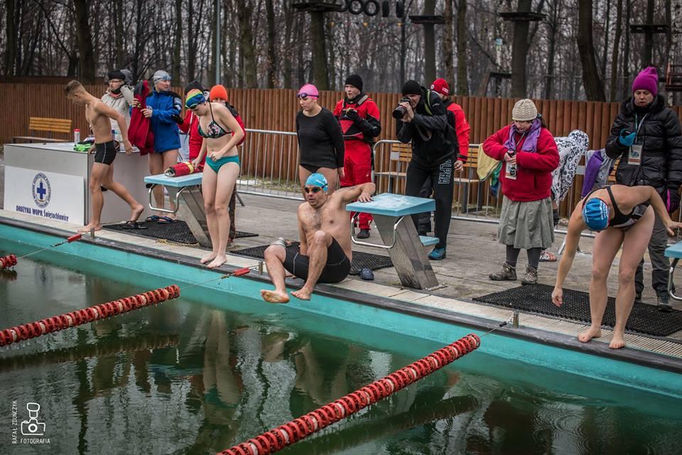 IV Barbórkowo-Mikołajkowe Otwarte Mistrzostwa Polski W Zimowym Pływaniu Na Basenie 50 M