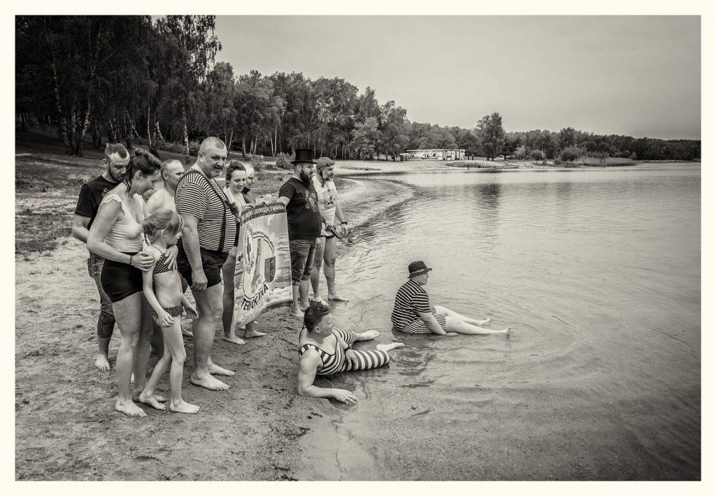 Chechło 1945 zawody pływackie ;)